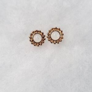 Mini women's earrings